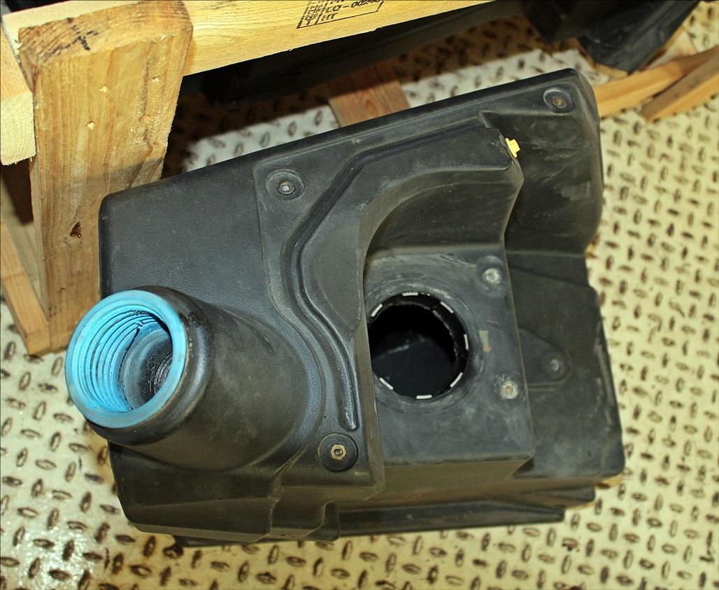 Valtra AD Blue Tank 51 ltr. ACV0250230 G