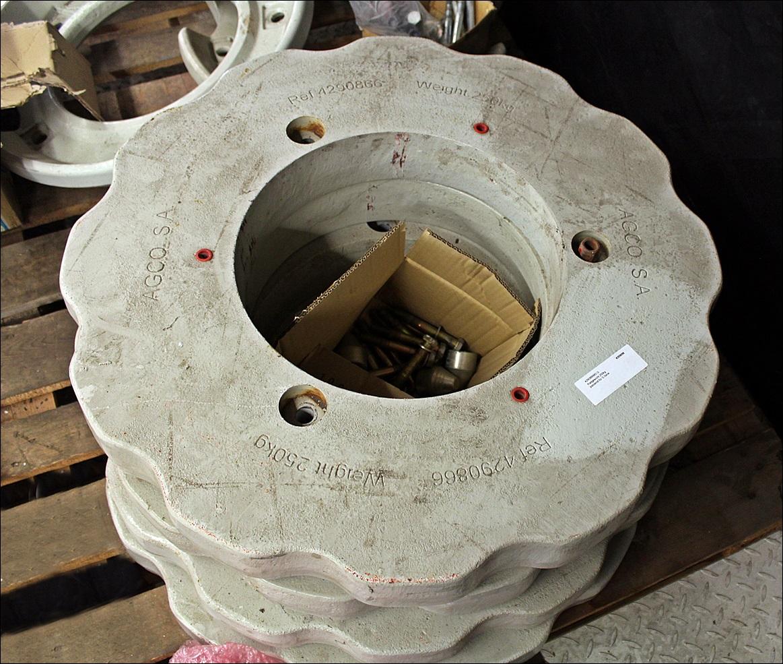 Valtra Radgewicht 250kg, 4290866M3 G