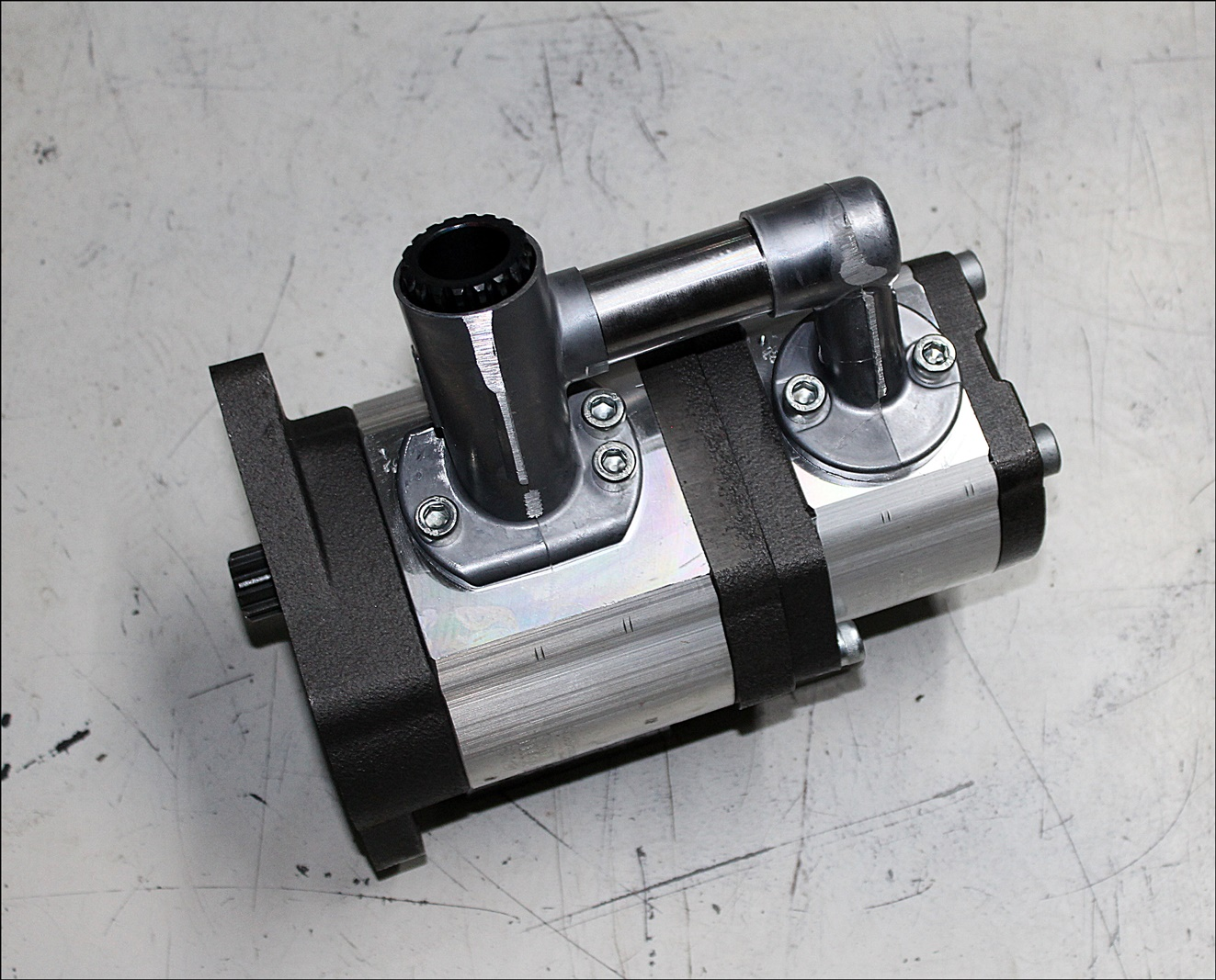 Valtra ACV0815050 Hydraulikpumpensatz