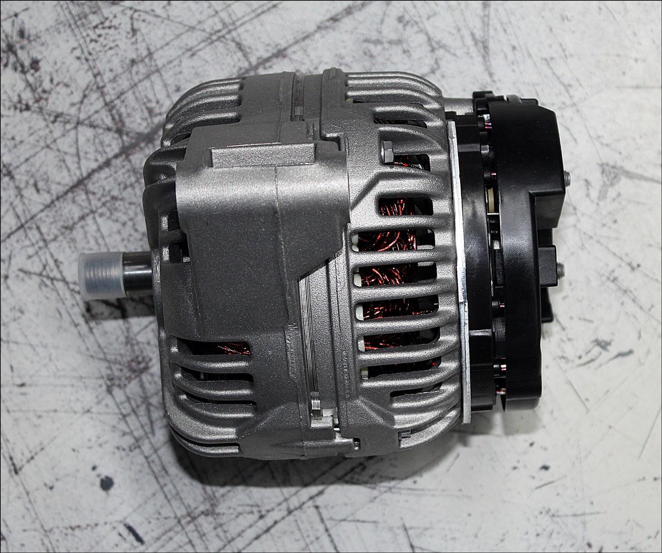 Valtra V836673344 Wechselstromdyn.